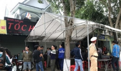 Nghệ An: Khởi tố, bắt tạm giam cán bộ ngân hàng dùng dao chém người nhà