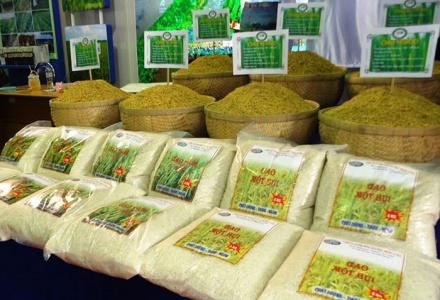 22 doanh nghiệp Trung Quốc được mời mua gạo Việt Nam