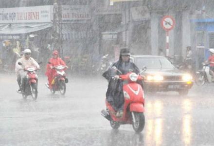 Dự báo thời tiết ngày 26/5: Bắc Bộ ngày nắng nóng, chiều tối mưa dông