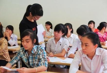 Chiều nay gần 900.000 thí sinh làm thủ tục dự thi THPT quốc gia