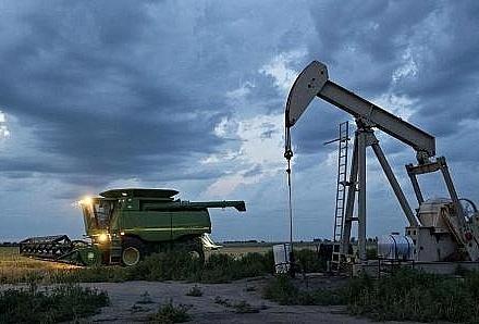 Giá dầu ở châu Á tiếp tục tăng do căng thẳng tại Trung Đông