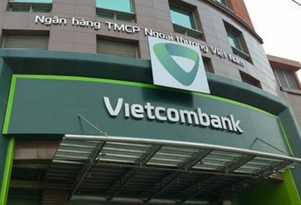 Vietcombank ước tính thu gần nghìn tỷ từ cổ phiếu MBB và EIB