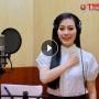 Ca sĩ Huyền Trang - Nữ chiến sĩ chống dịch Covid-19 trên mặt trận văn hóa