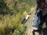 Ấn Độ: Xe buýt lao xuống đập, 27 người thương vong