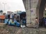 Hải Dương: Xe khách đâm vào trụ cầu, 12 người bị thương