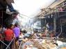 Hà Nội: Chợ Tó cháy lớn, nhiều gian hàng bị thiêu rụi