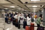 Chuyến bay đưa hơn 340 người Việt từ Mỹ về nước đã hạ cánh an toàn