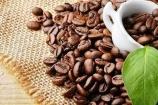 Giá cà phê tiếp tục giảm, hồ tiêu tăng nhẹ theo giá thế giới