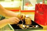 Giá vàng ngày 12/06: Tiếp tục tăng trong phiên cuối tuần