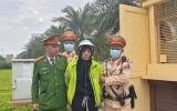 CSGT Hà Nội khống chế tên cướp có hung khí
