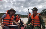 Kon Tum: Vạch từng cọng cỏ, ngọn cây tìm kiếm nam thanh niên mất tích trên sông Pô Kô