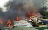 Hà Nội: Hơn 10 xưởng gỗ ở huyện Thạch Thất bốc cháy dữ dội
