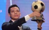 Tiền đạo Văn Quyết giành giải Quả bóng Vàng Việt Nam 2020