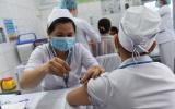 TPHCM: Khẩn trương triển khai tiêm vắc xin phòng COVID-19 đợt 2