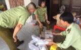 Khánh Hòa: QLTT tạm giữ 200 bao thuốc lá điếu nghi nhập lậu