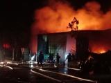 Hà Nội: Cháy ngùn ngụt nhà kho 200m2 ngay trong đêm