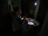 Toàn thành phố Thủ Dầu Một mất điện chỉ vì xe đổ bê tông