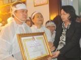 Truy tặng Huân chương Lao động hạng Nhì cho Đại biểu Quốc hội Ngô Văn Minh
