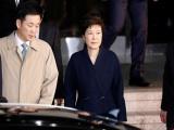 Cựu Tổng thống Hàn Quốc Park Geun-hye đối diện mức án 45 năm tù