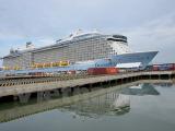 Con tàu lớn nhất châu Á đưa 3.500 du khách đến Việt Nam