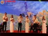 Đêm nhạc Trịnh thu hút hàng nghìn người hâm mộ