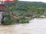 Nghệ An: Mưa trắng trời, nhiều khu vực chìm trong biển nước