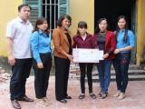 LĐLĐ tỉnh Bắc Ninh tặng quà các nữ công nhân có hoàn cảnh đặc biệt khó khăn