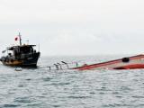 Tàu hàng đâm chìm tàu cá khiến 15 ngư dân rơi xuống biển