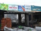 Cháy rụi tiệm tạp hóa, thiệt hại cả tỷ đồng vì sang chiết xăng
