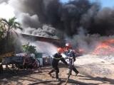 Tiền Giang: Khống chế vụ cháy kho vải phế liệu rộng 1.000 m2