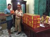 Nghệ An: Bắt giữ xe khách chở 60 kg pháo lậu