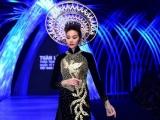Thanh Hằng, Võ Hoàng Yến, Mâu Thủy hội ngộ trong show diễn trang sức hoành tráng