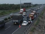 Long An: 5 ôtô đâm liên hoàn trên cao tốc Trung Lương