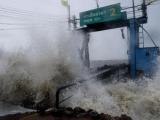 Bão số 1 Pabuk đổ bộ Thái Lan khiến 5 người thiệt mạng, hơn 30.000 người sơ tán