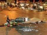Vĩnh Long: Xe máy va chạm xe tải, 2 người thương vong