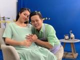 Dù mang bầu, Lê Phương vẫn đắt show quảng cáo