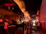 Bà Rịa - Vũng Tàu: Cháy dữ dội tại kho bông rộng 3.000m2