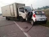 Hà Tĩnh: Xe tải tông taxi, 2 người tử vong tại chỗ