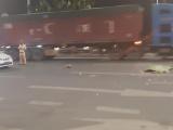 Quảng Ninh: Đi bộ sang đường, người đàn ông bị xe tải tông tử vong