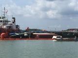 Vụ chìm tàu ở Cần Giờ: Đã đưa 60 mét khối dầu ra khỏi tàu