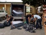Hải Dương: Bắt giữ xe tải chở 9,7 tấn vải không rõ nguồn gốc