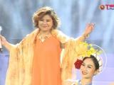 """NSND Thanh Hoa nghẹn ngào trong Liveshow đặc biệt: """" Em vẫn như ngày xưa"""""""