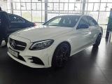 Triệu hồi 745.000 xe Mercedes do lỗi tấm kính