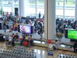 Tạm dừng vận chuyển người Việt Nam từ nước ngoài về sân bay Tân Sơn Nhất