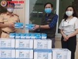 Thương hiệu và Pháp luật trao tặng trang bị y tế cho các lực lượng trên tuyến đầu phòng, chống dịch Covd-19