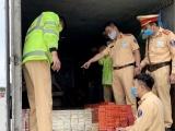 Quảng Ninh: Bắt xe tải vận chuyển 6.670 bao thuốc lá nhập lậu