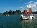 Quảng Ninh mở cửa đón khách du lịch tham quan trở lại