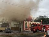 Hải Dương: Quán karaoke bốc cháy dữ dội