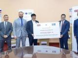 AstraZeneca Việt Nam trao tặng 400.000 khẩu trang cho Bộ Y tế