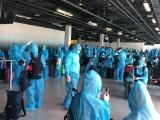 Tiếp tục đưa hơn 300 công dân Việt Nam về nước an toàn